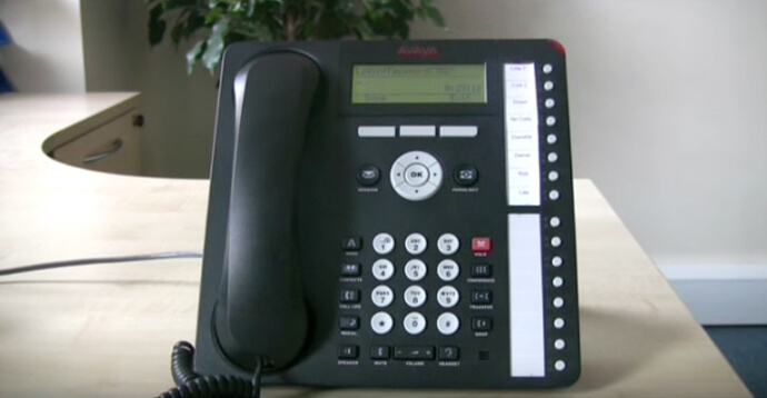 Logging on and off - Avaya IP Office 1616 series telephone