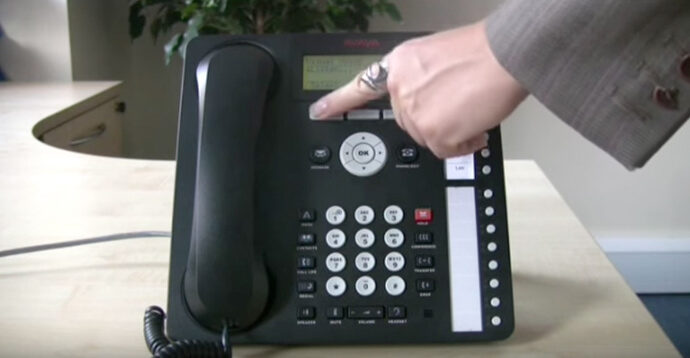 Using voicemail - Avaya IP Office 1616 series telephone